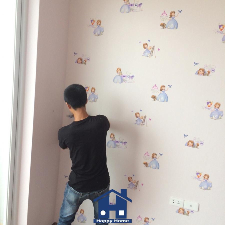 happy-home-thi-cong-giay-dan-tuong-cho-chi-huong-chung-cu-truong-cong-dinh (1)