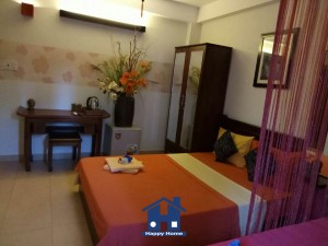 Happy Home thi công giấy dán tường tại khách sạn Lesimole