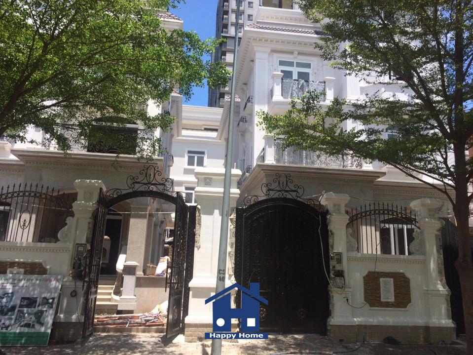 thi-cong-giay-dan-tuong-can-ho-cao-cap-city-land