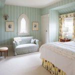Tư vấn chọn giấy dán tường đẹp cho phòng ngủ nhỏ