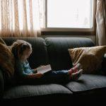 Bí quyết giúp con yêu đọc sách, tránh xa tivi của bà mẹ Mỹ