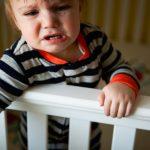 3 sai lầm bố mẹ thường mắc phải khi con ăn vạ