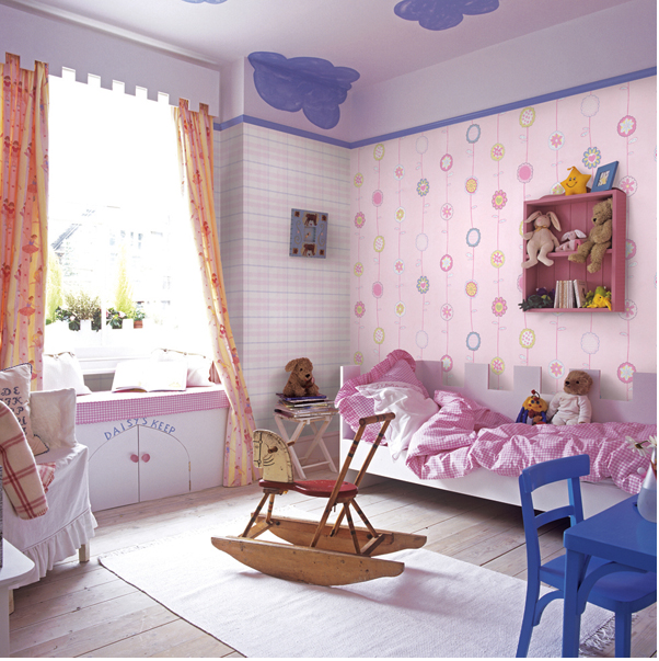 giấy dán tường dành cho phòng bé gái.