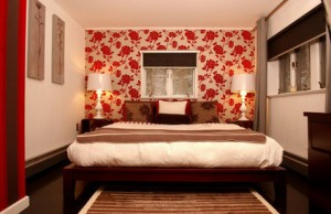 fc6181560c0fe355_1000-w422-h274-b0-p0--eclectic-bedroom
