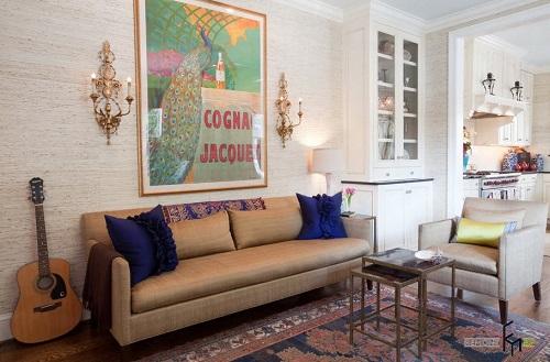 Những gam màu như be sẽ phù hợp với phòng khách có thiết kế đơn giản, chủ nhân sẽ không có cảm giác tường đơn điệu và kém hấp dẫn.
