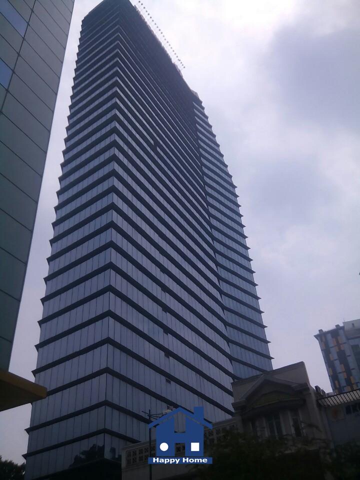 happy-home-thi-cong-giay-dan-tuong-cho-toa-nha-lim-tower