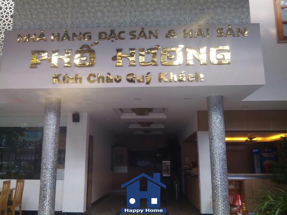 thi-cong-giay-dan-tuong-happy-home