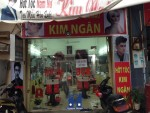 thi công giấy dán tường cho tiệm tóc Kim Ngân,giấy dán tường